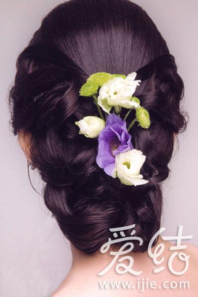 优雅东方美:韩式新娘发型造型