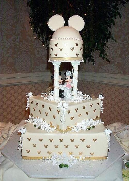 拉上米老鼠!迪士尼主题婚礼蛋糕!